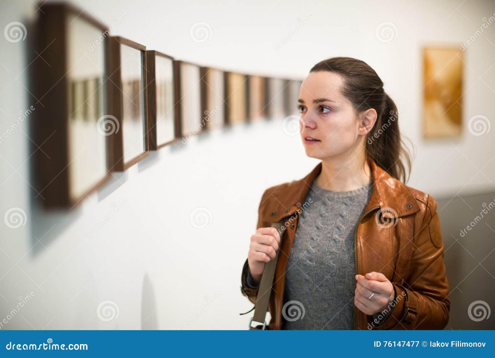 Галерея скачать фотографии женщина 1 фотография