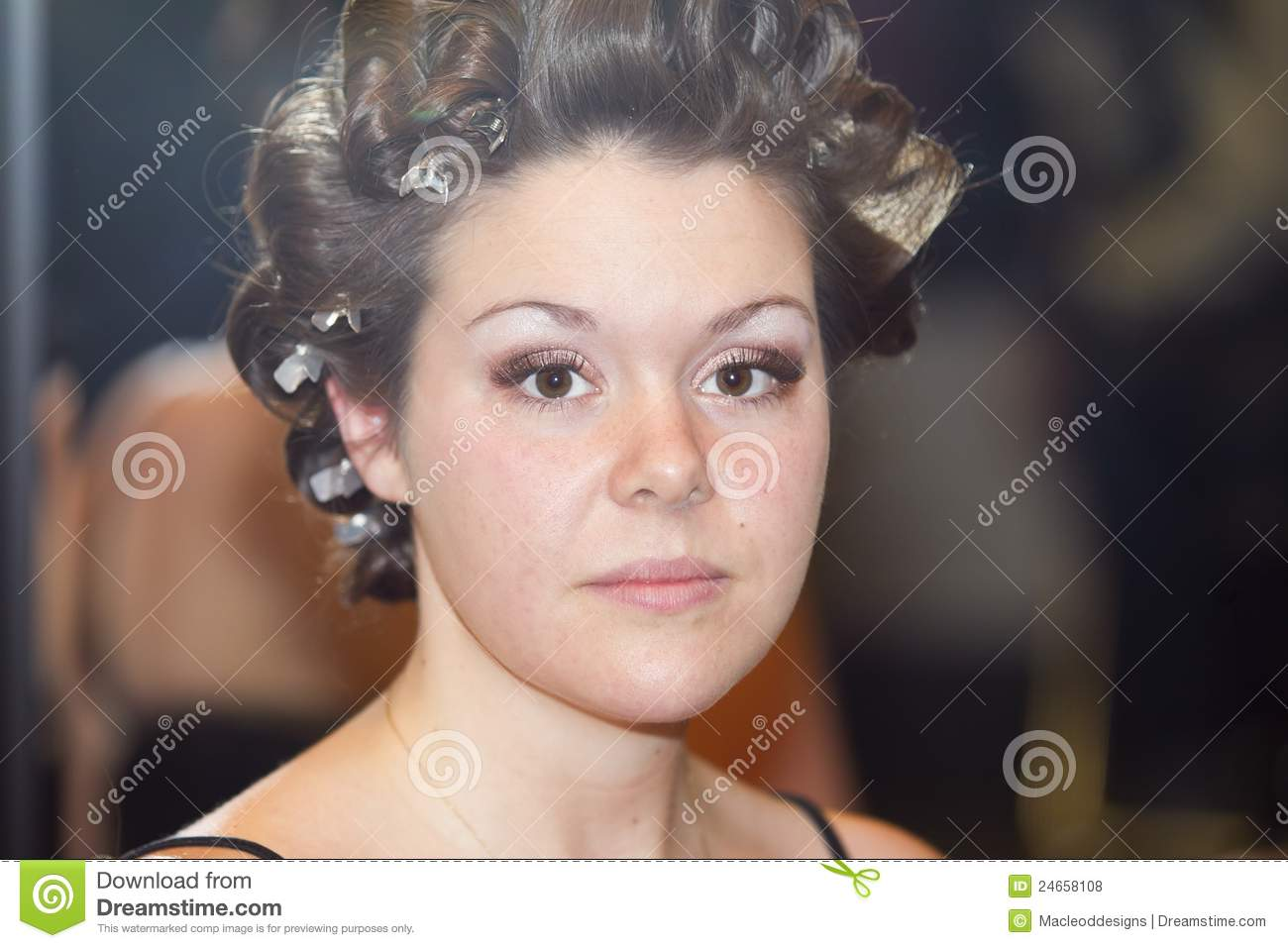 Young Woman Getting Hair Done Royalty Free Stock Photos