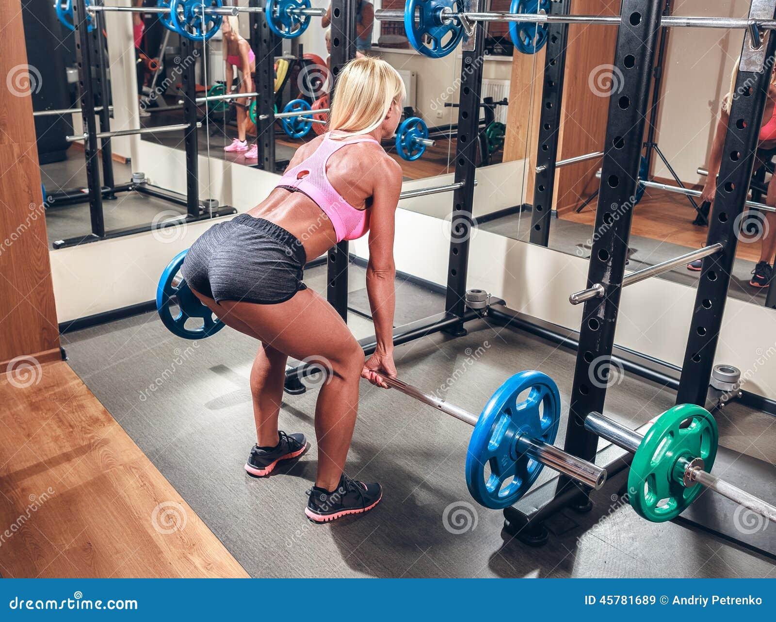sexy girls doing squats
