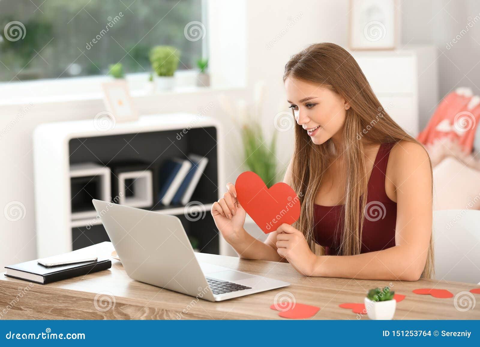 Search for: ❤️ Întâlniri pentru mine: www.Dating4Me.site ❤️ Vaza Sticla Online Dating