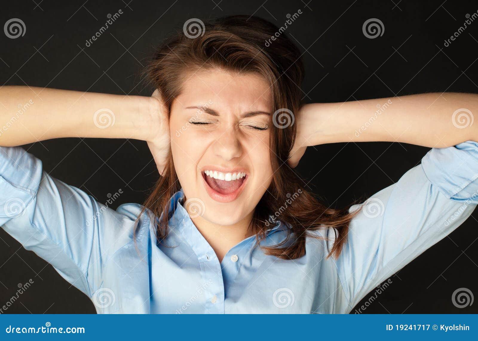 Что такое когда девушка кричит на парня 10 фотография