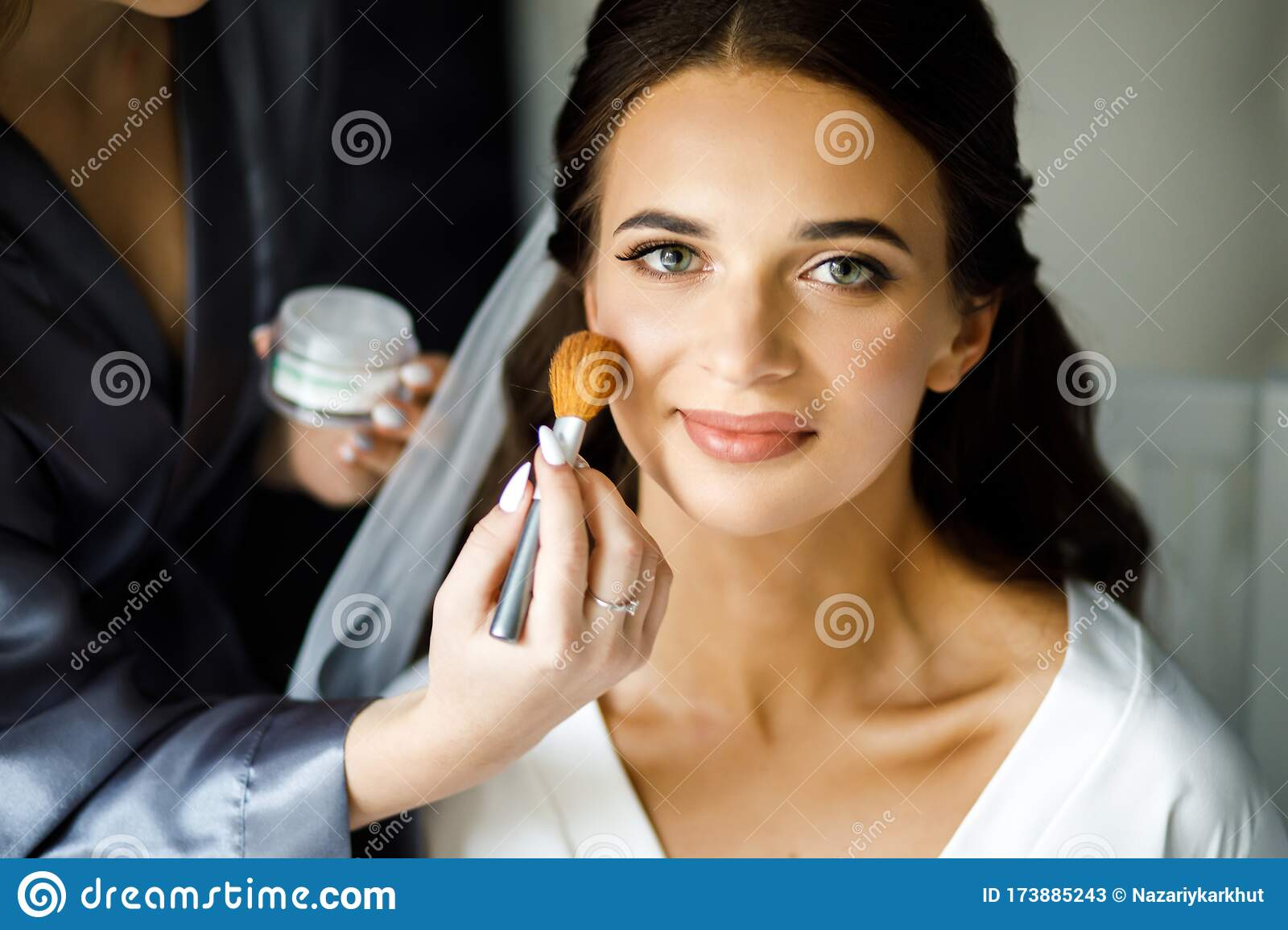 Young Woman Stylist Doing Makeup Beautiful Bride In Beauty Salon Stock Image Image Of Mirror Beautiful 173885243