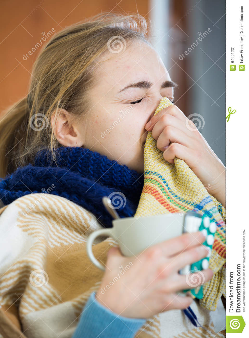 how to clear a stuffy nose from a cold