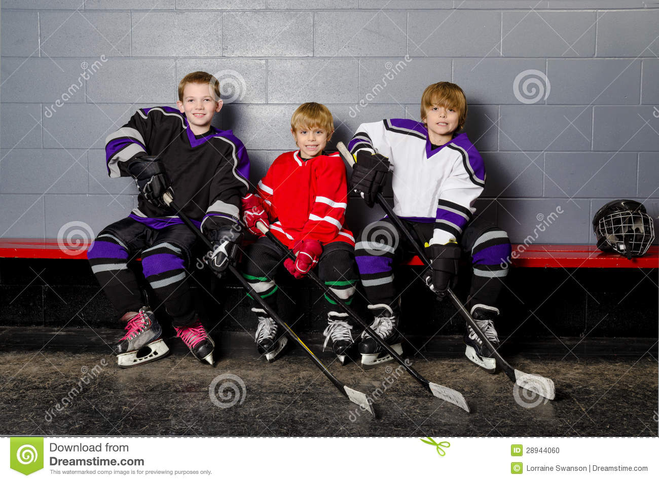 Midget hockey players