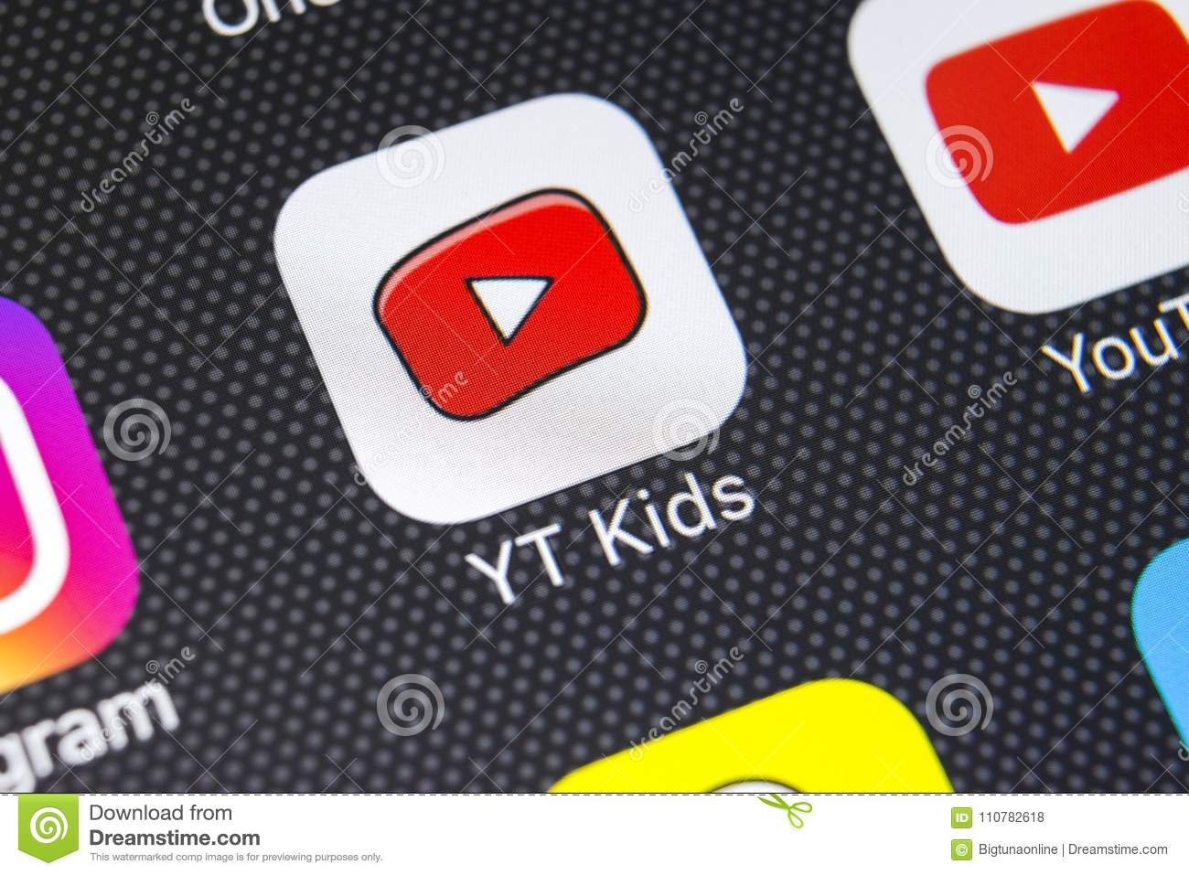 e9e5ccae8798 YouTube Kids Application Icon On Apple IPhone X Screen Close-up ...