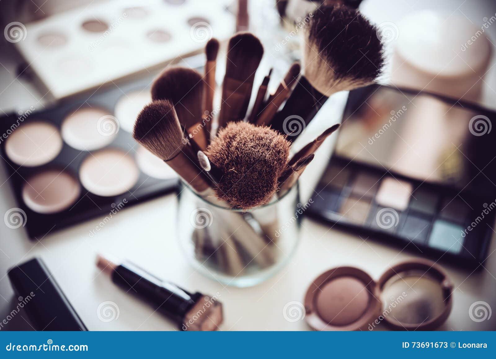 Yrkesmässig makeup borstar och hjälpmedel, sminkproduktuppsättning