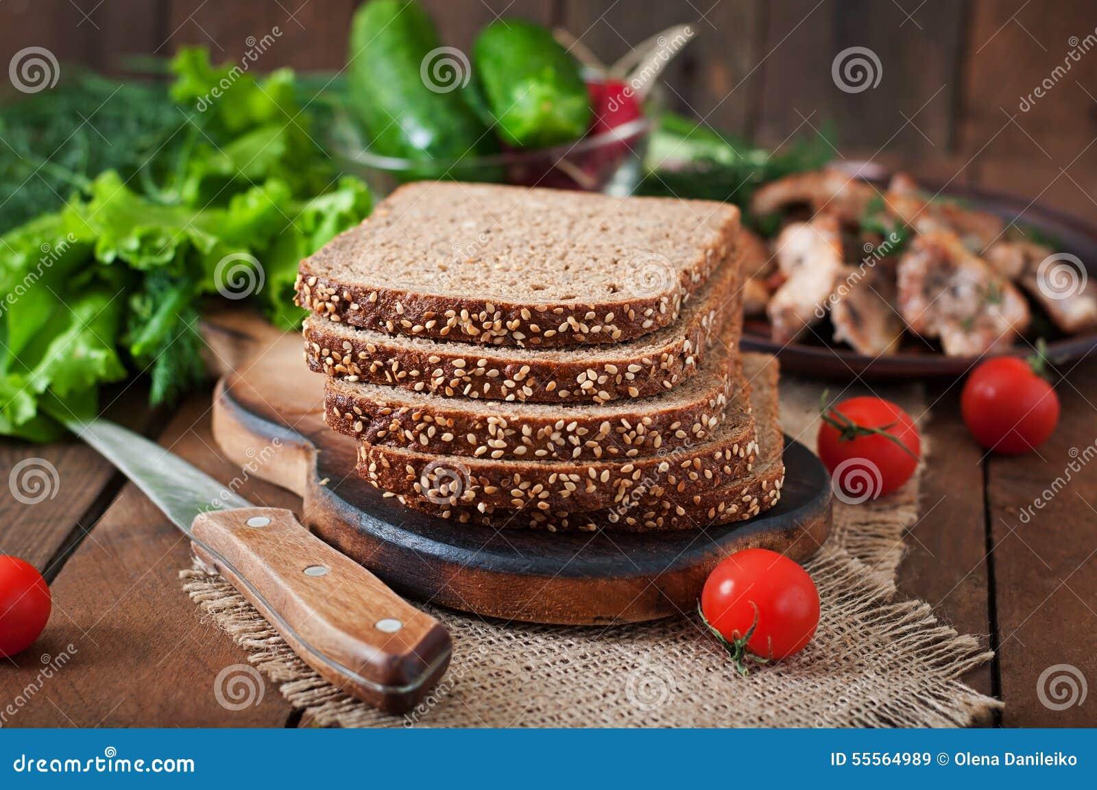 Żyto chleb z otręby