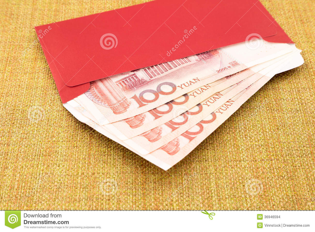 Yuan Banknote And Red Envelope Stock Photo - Image: 36946594