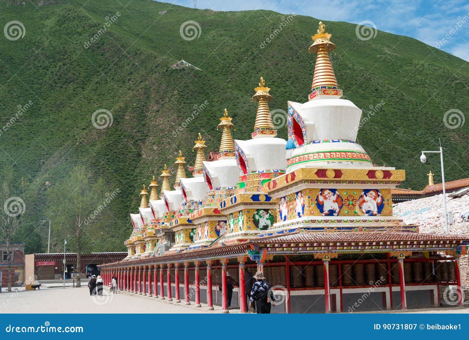 YUSHU(JYEKUNDO), CHINA - Jul 13 2014: Mani Temple(Mani Shicheng). a famous landmark in the Tibetan city of Yushu, Qinghai, China..
