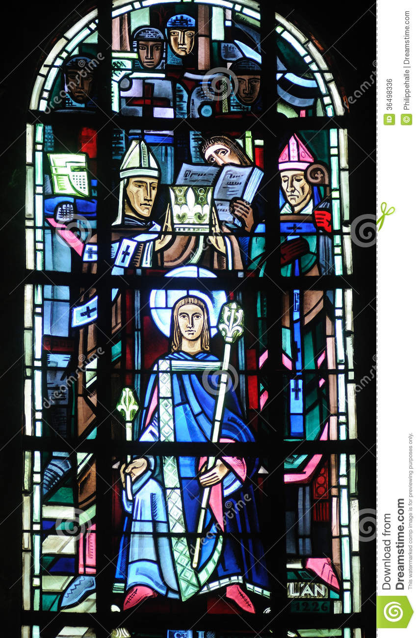 Yvelines stained glass window in poissy collegiate church for Animation yvelines