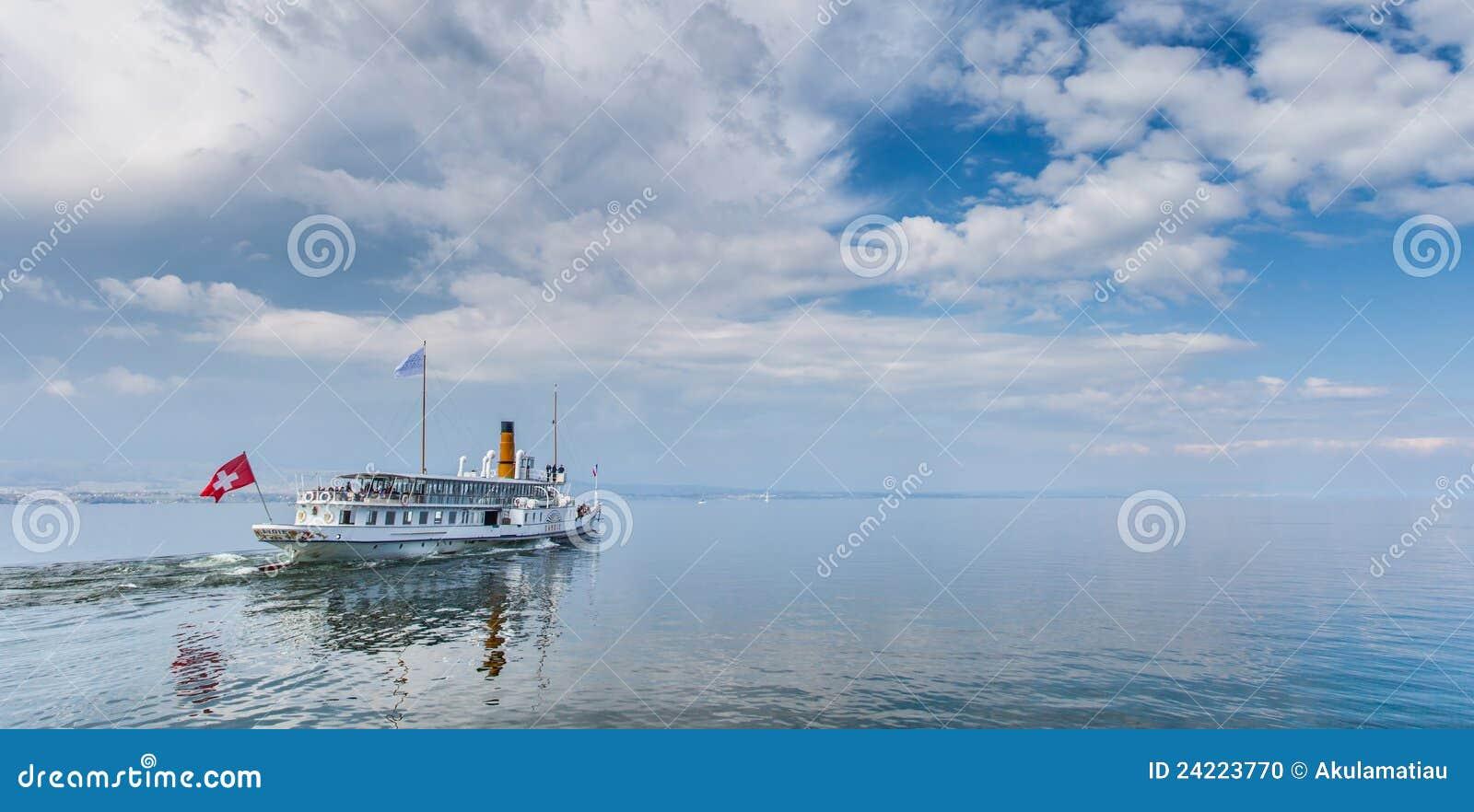 Yvoire, Frankrijk - het Schip van de Cruise