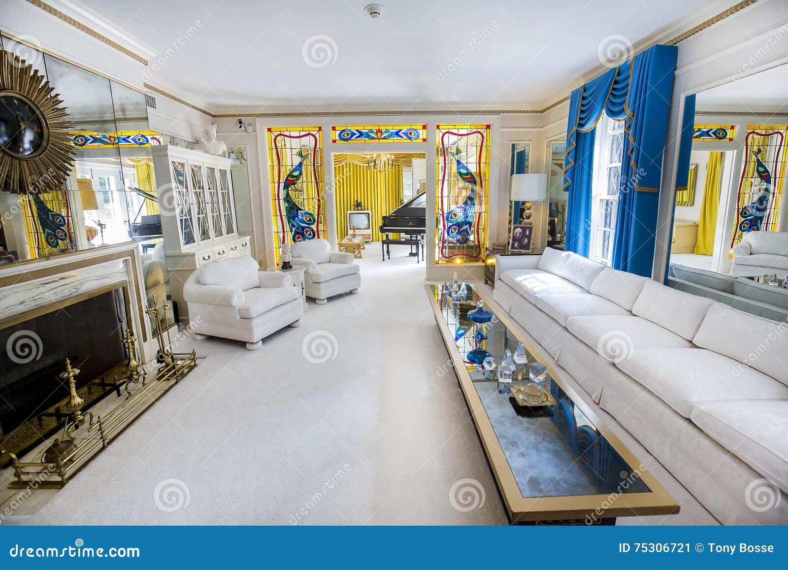 Żywy pokój przy Elvis Presley dworem