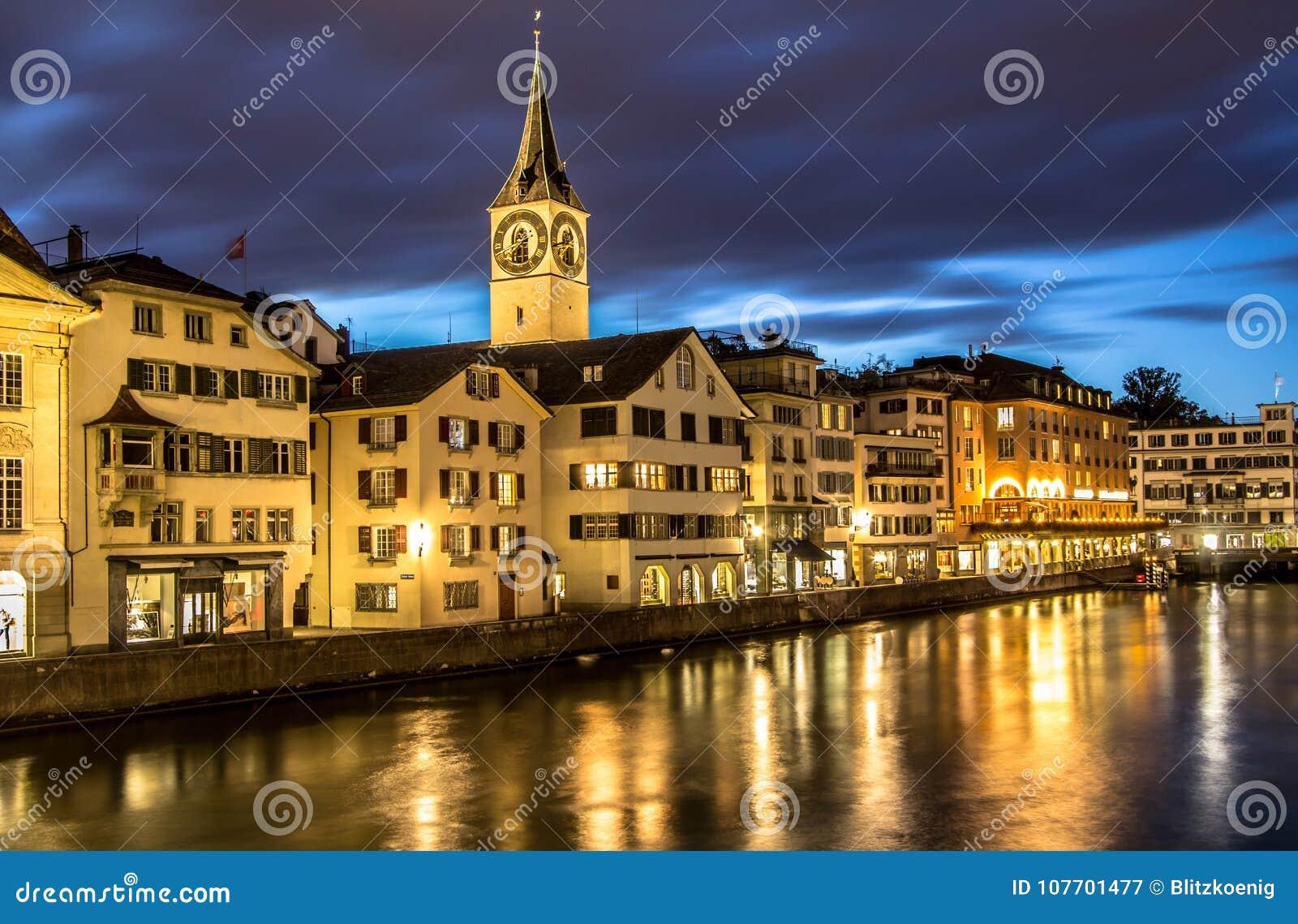 Download Zürich, St Peter Church redactionele fotografie. Afbeelding bestaande uit architectuur - 107701477
