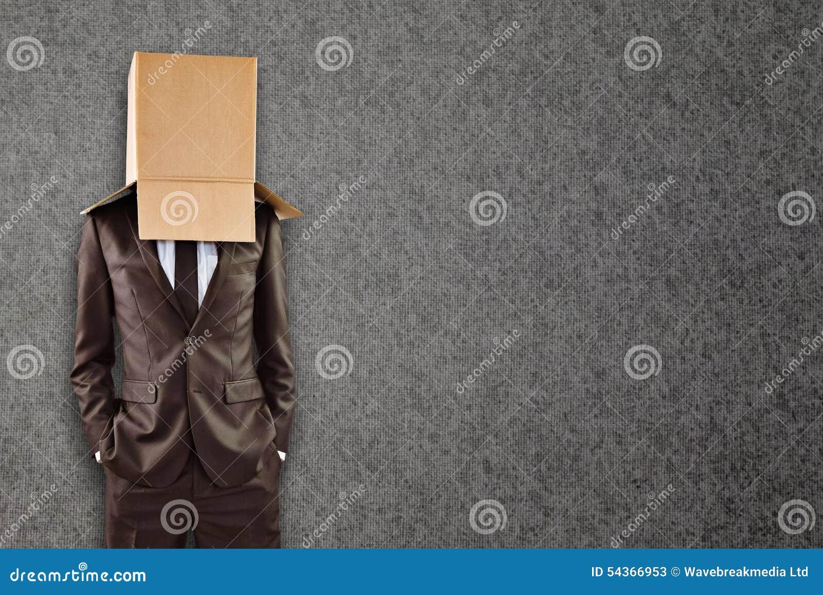 Złożony wizerunek anonimowy biznesmen z rękami w kieszeniach