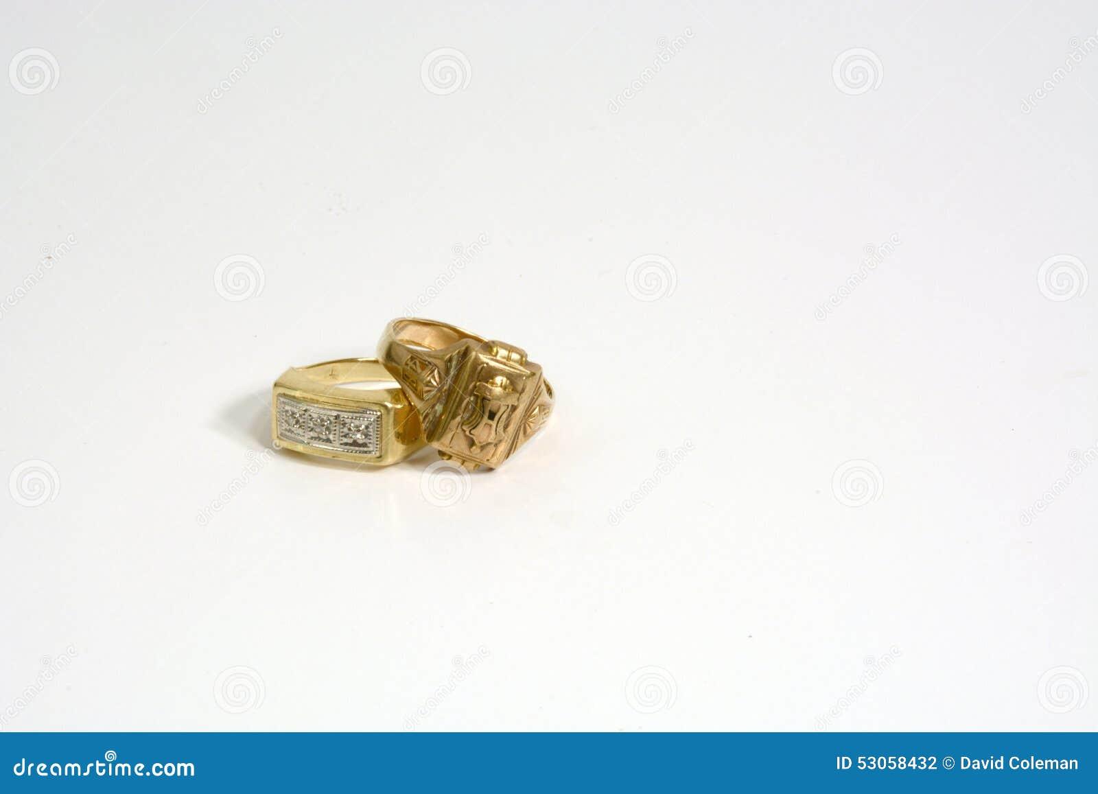 Złociści pierścionki