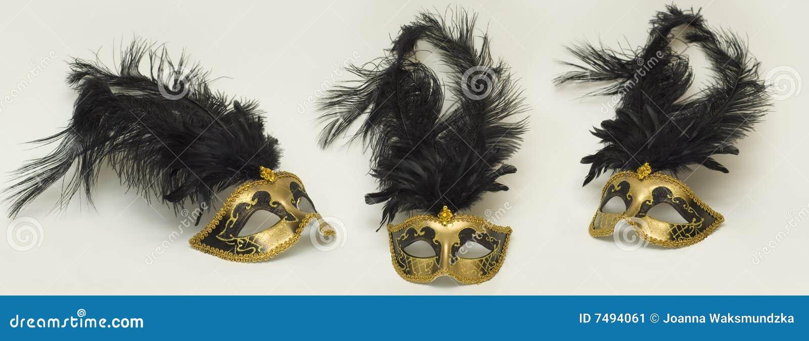 Złociste maski