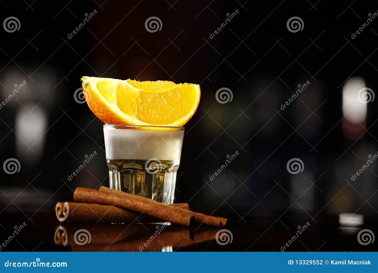 Złocisty tequila