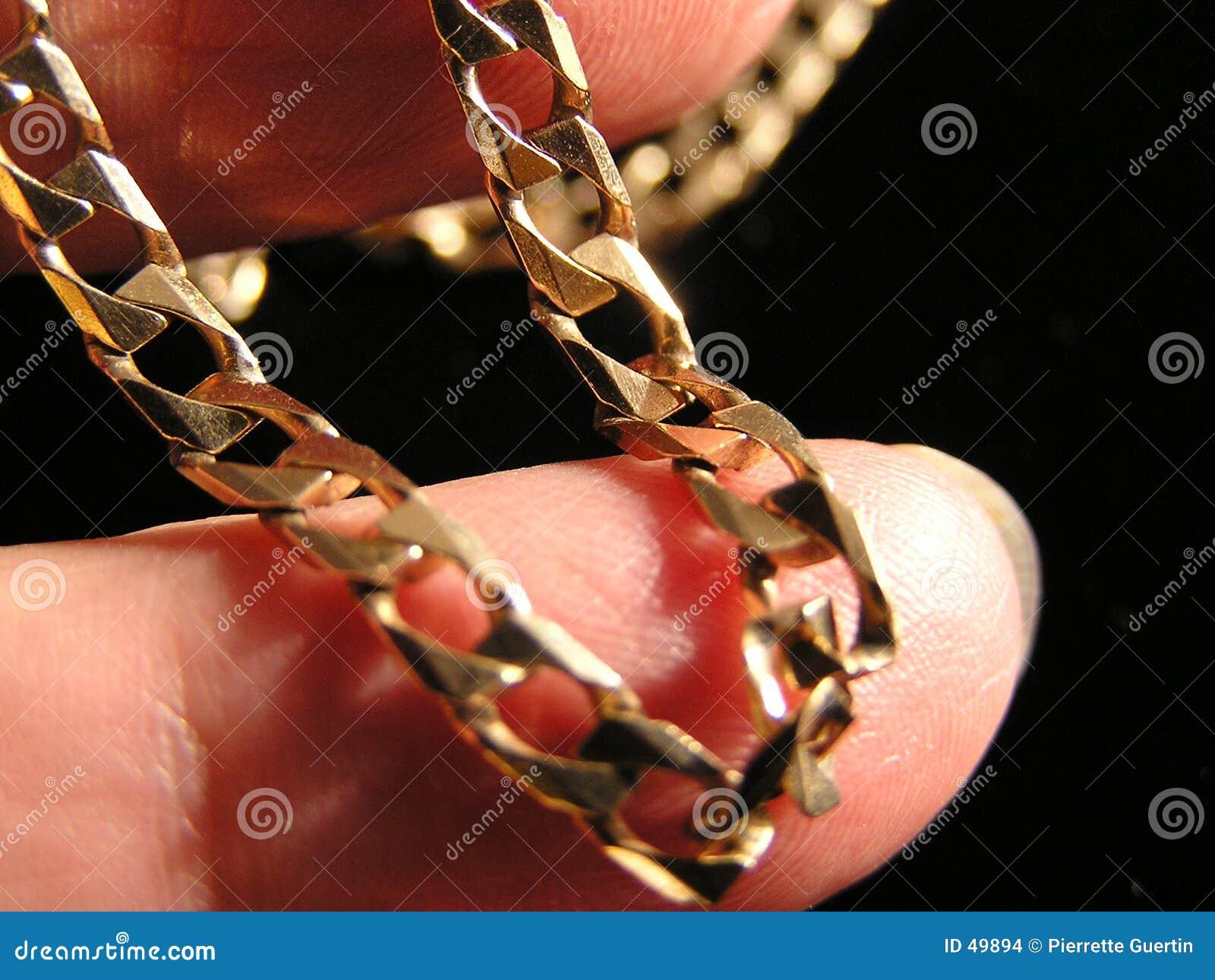Złoty łańcuszkowy