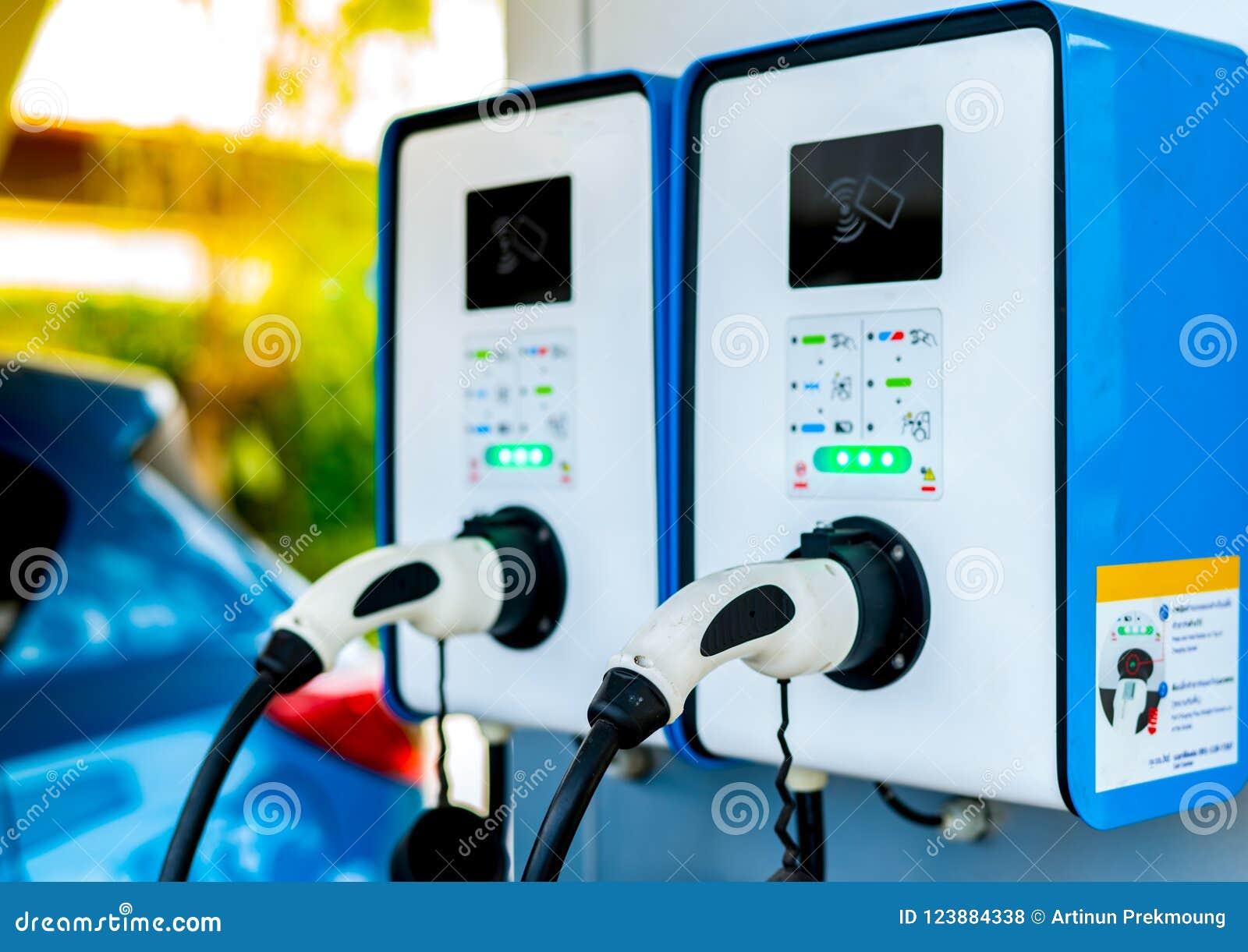 Załaduj elektryczny samochód stację Prymka dla pojazdu z elektrycznym silnikiem Działająca ładuje stacja Czystej Energii władza