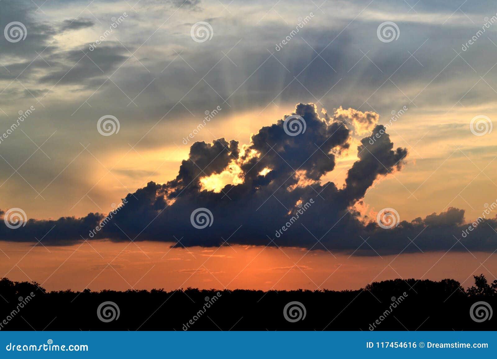 Za chmura zmierzchem