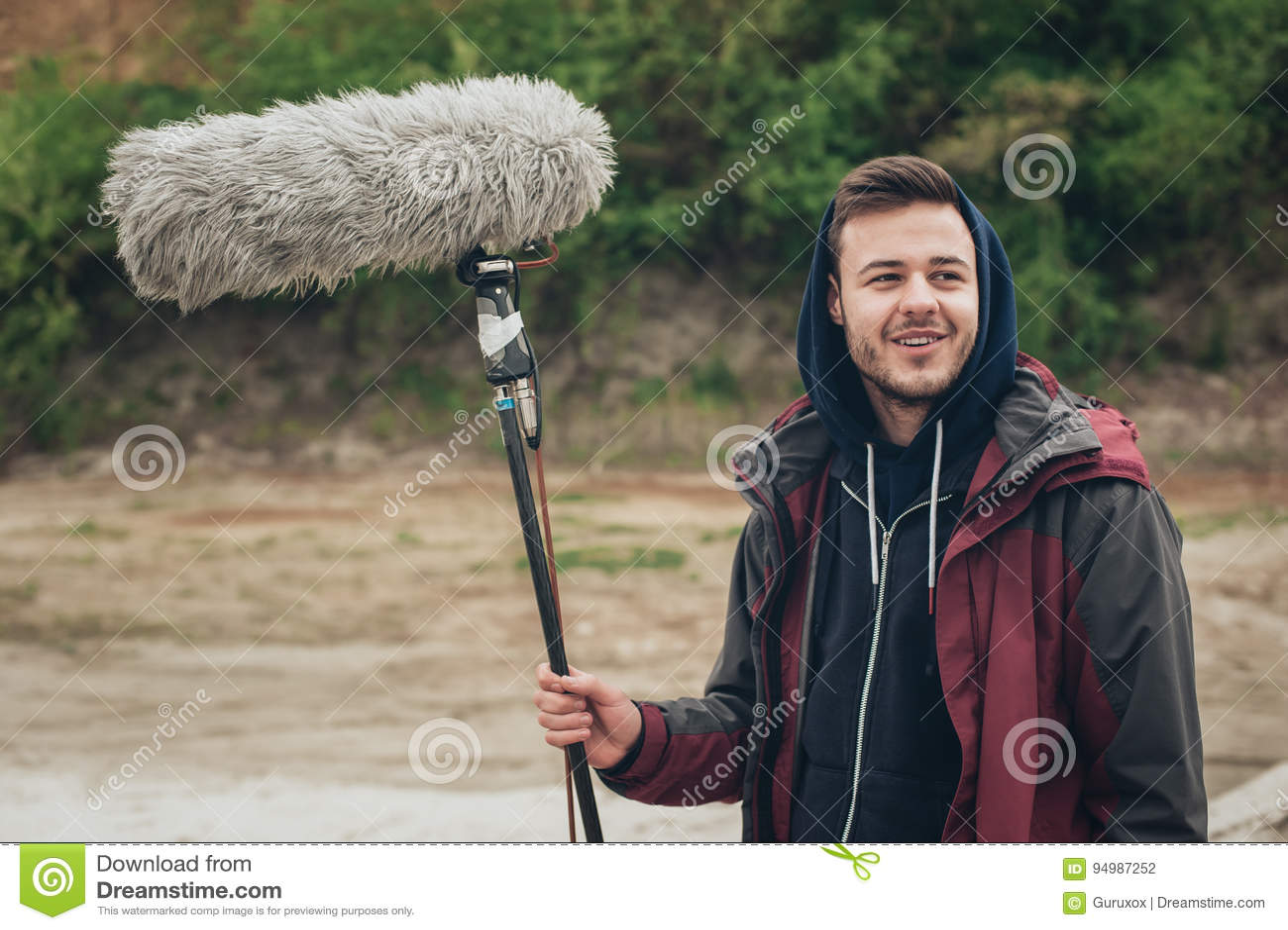 Za sceną Rozsądny huku operatora chwyta mikrofonu fisher out