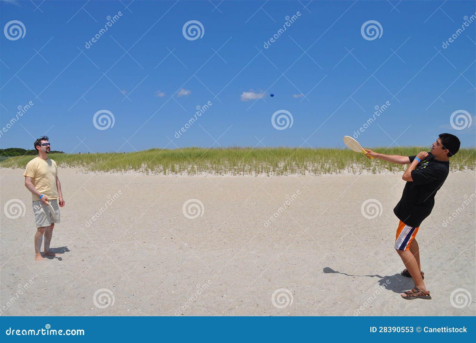 Zabawa przy plażą