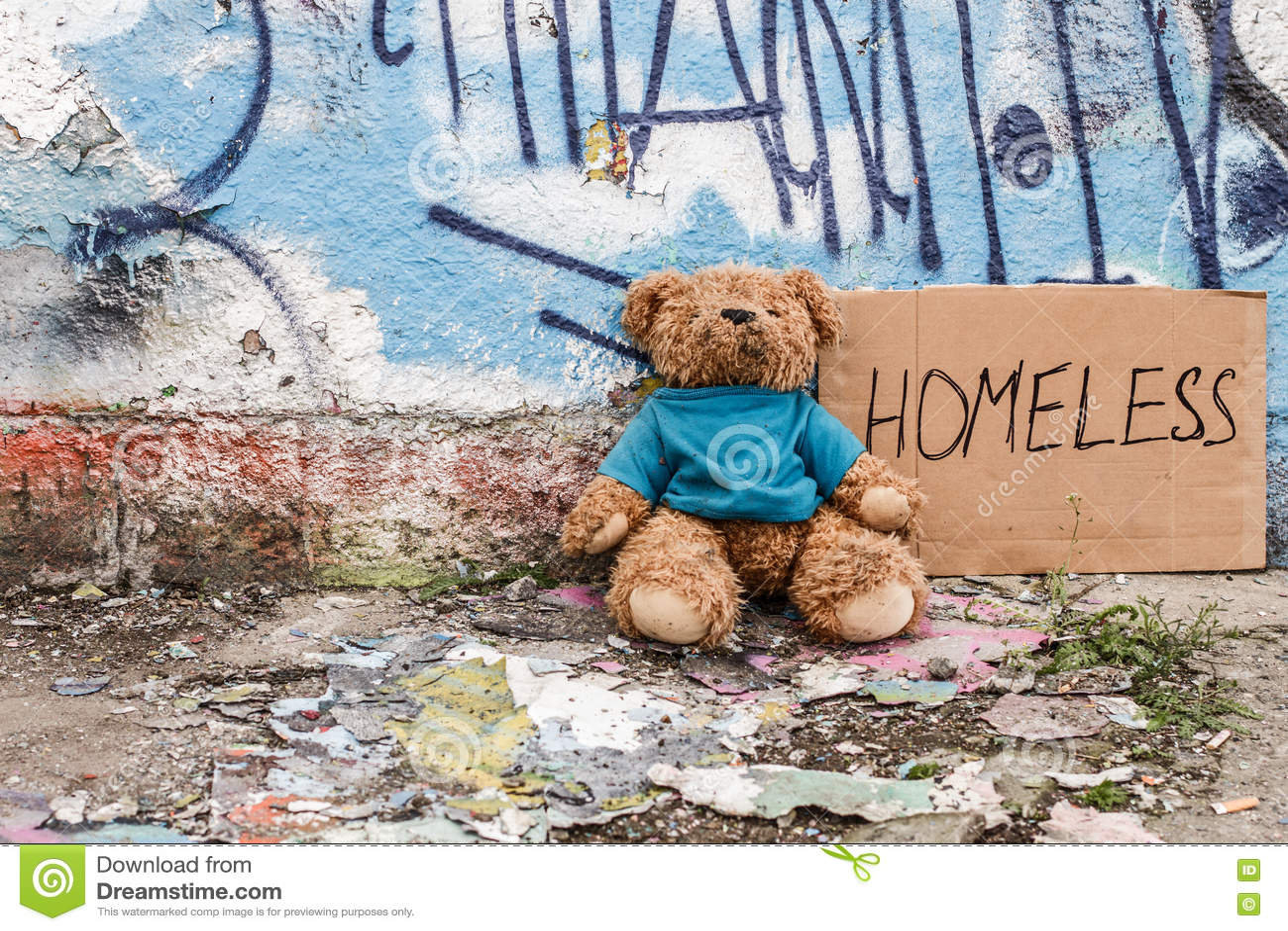Zabawka bezdomny dzieciak