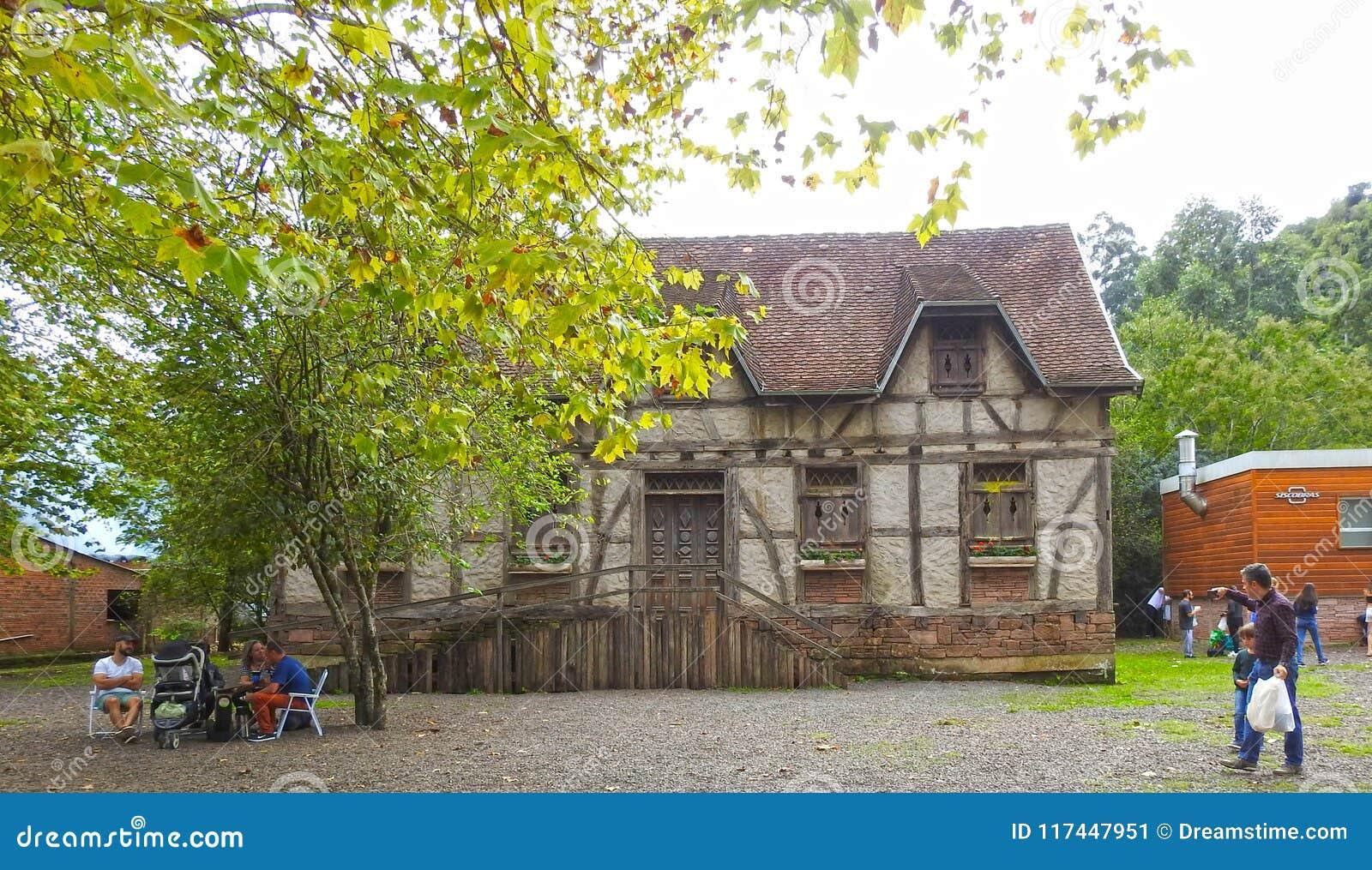 Zadziwiający niemiec dom
