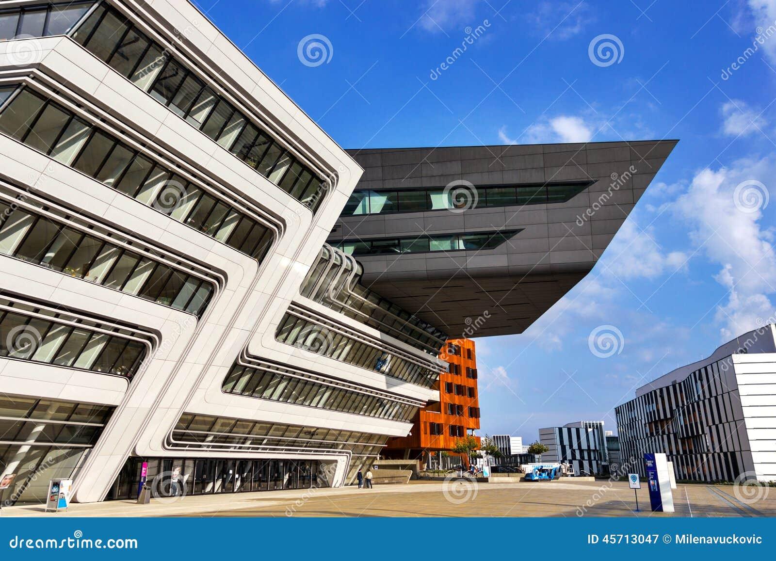Zaha hadid arquitectura fotograf a editorial imagen de for Arquitectura zaha hadid