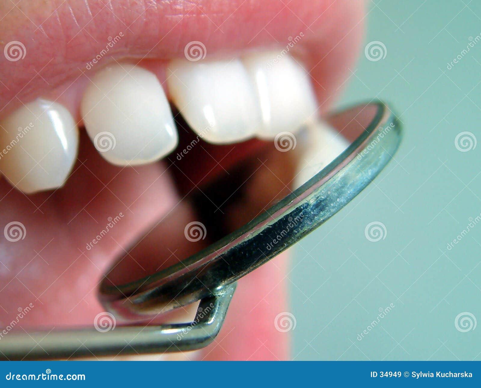 Am Zahnarzt