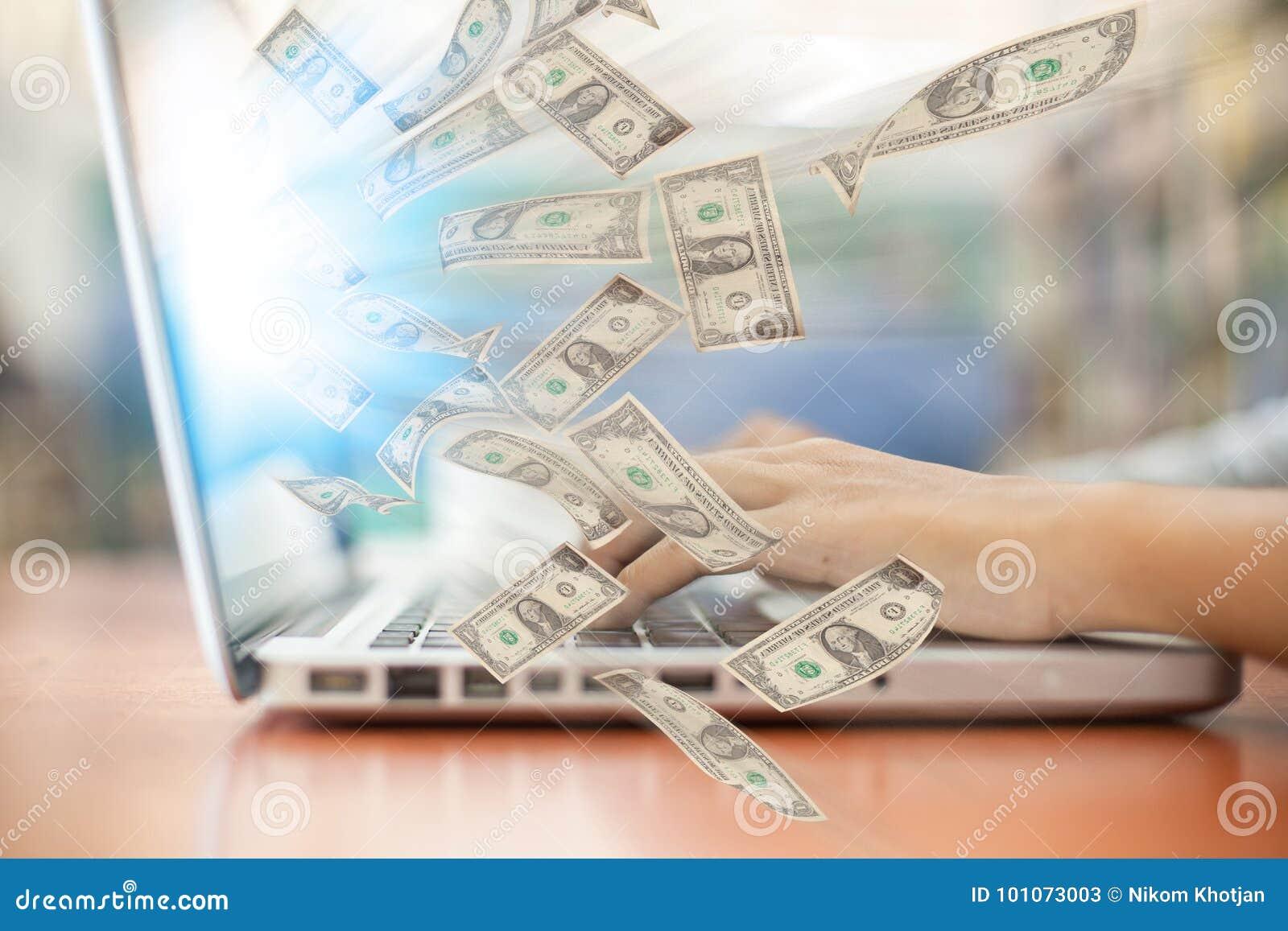 Zaken laptop online zaken die de rekeningen van de gelddollar maken