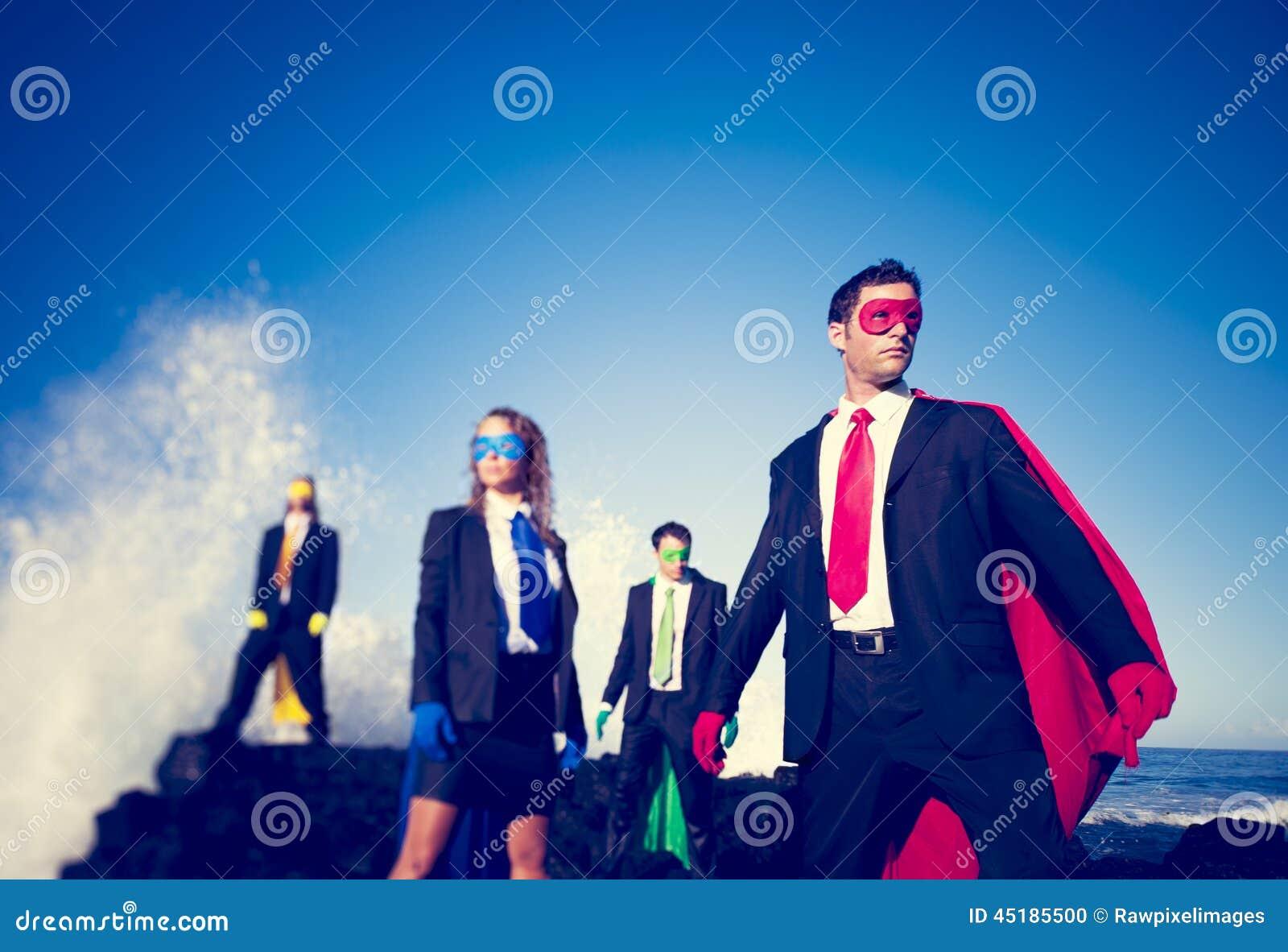 Zaken superheroes op het strand