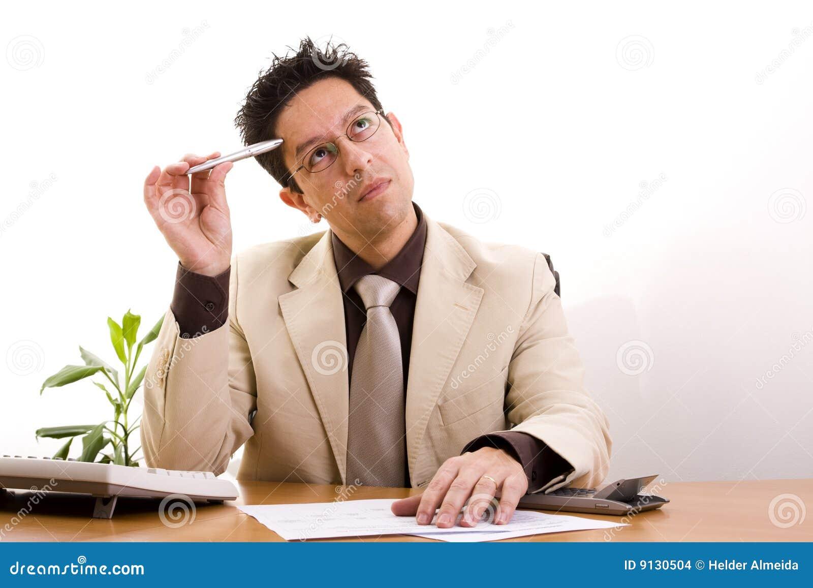 Zakenman die op zijn kantoor werkt stock afbeeldingen afbeelding 9130504 - Decoreer zijn professionele kantoor ...