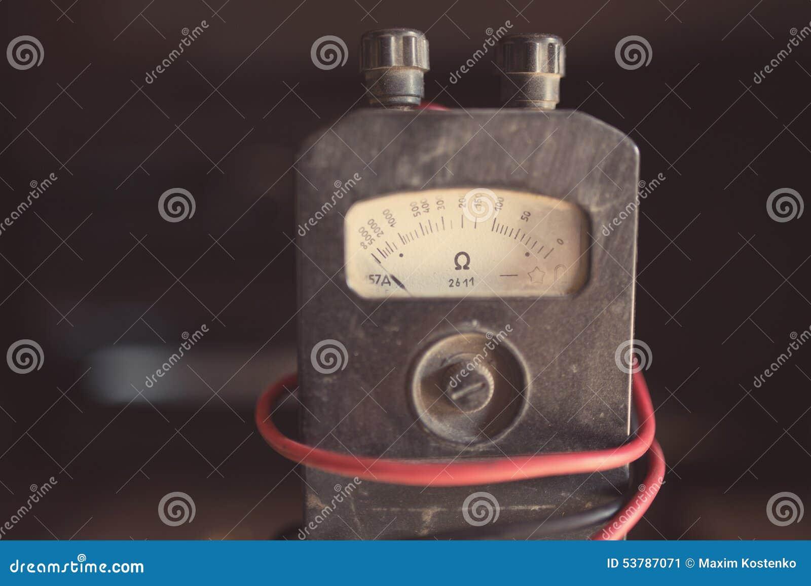 Zakończenie antyczny ohmmeter