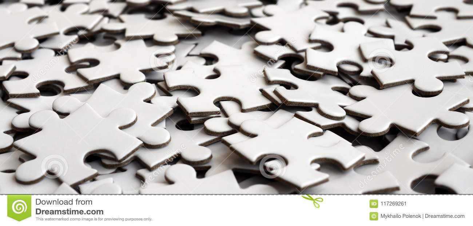 Zakończenie stos uncompleted elementy biała łamigłówka Ogromna liczba prostokątni kawałki od jeden wielkiej białej mozaiki