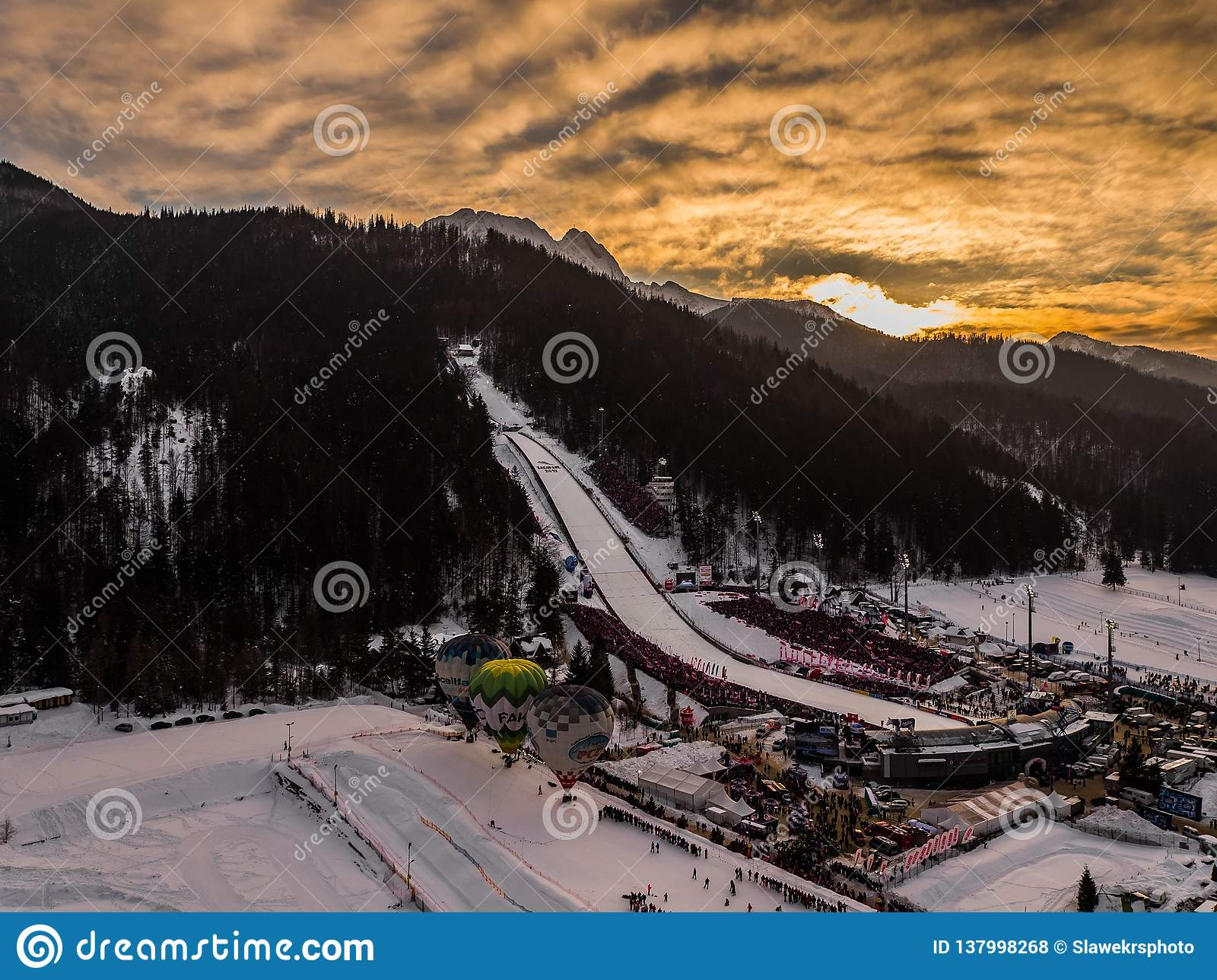 Zakopane Polen, Lucht het panoramafotografie van Wielka Krokiew De bergen Tatry van Polen