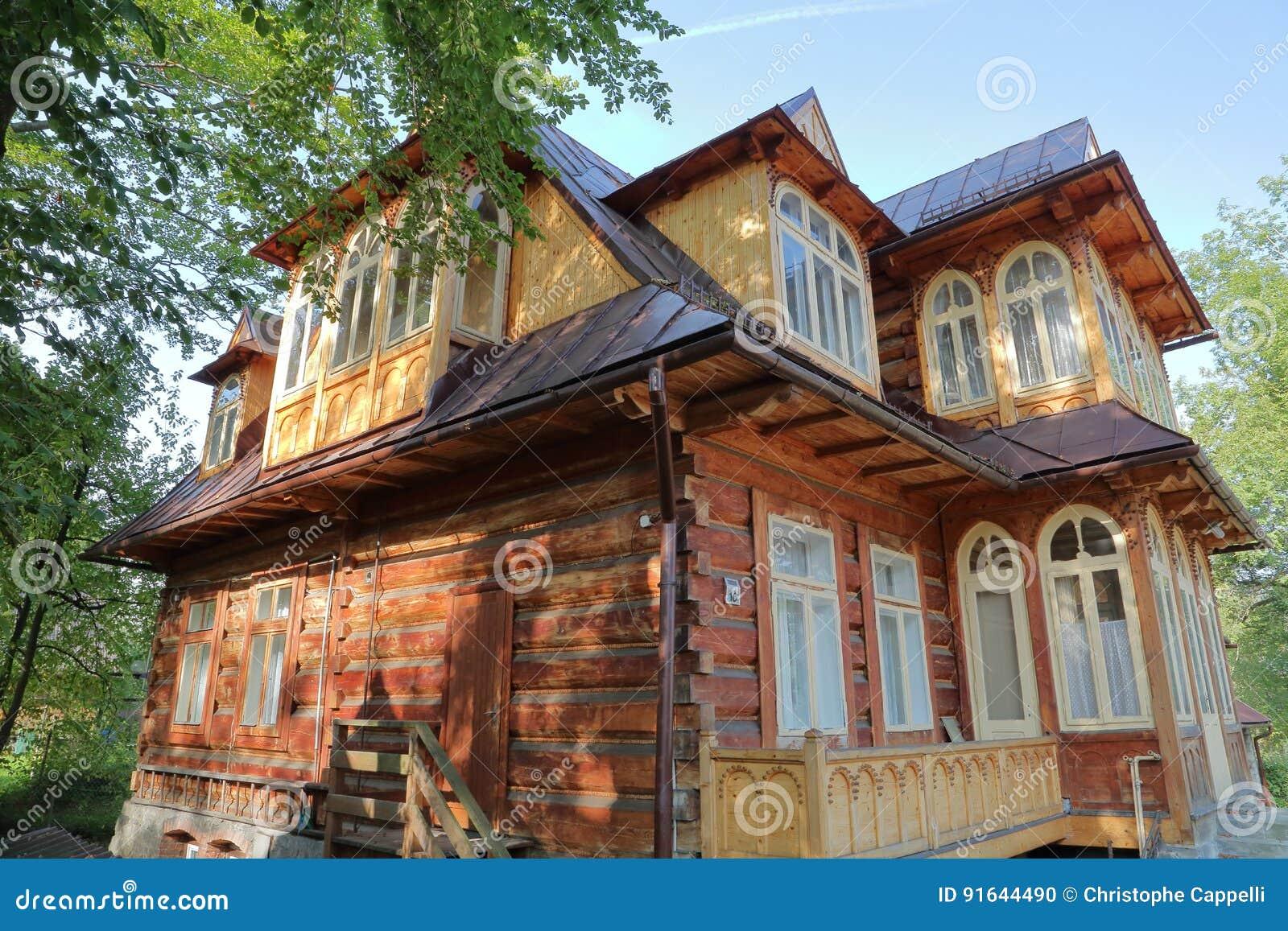 Zakopane polonia 16 settembre 2014 casa di legno in for Case in legno in polonia