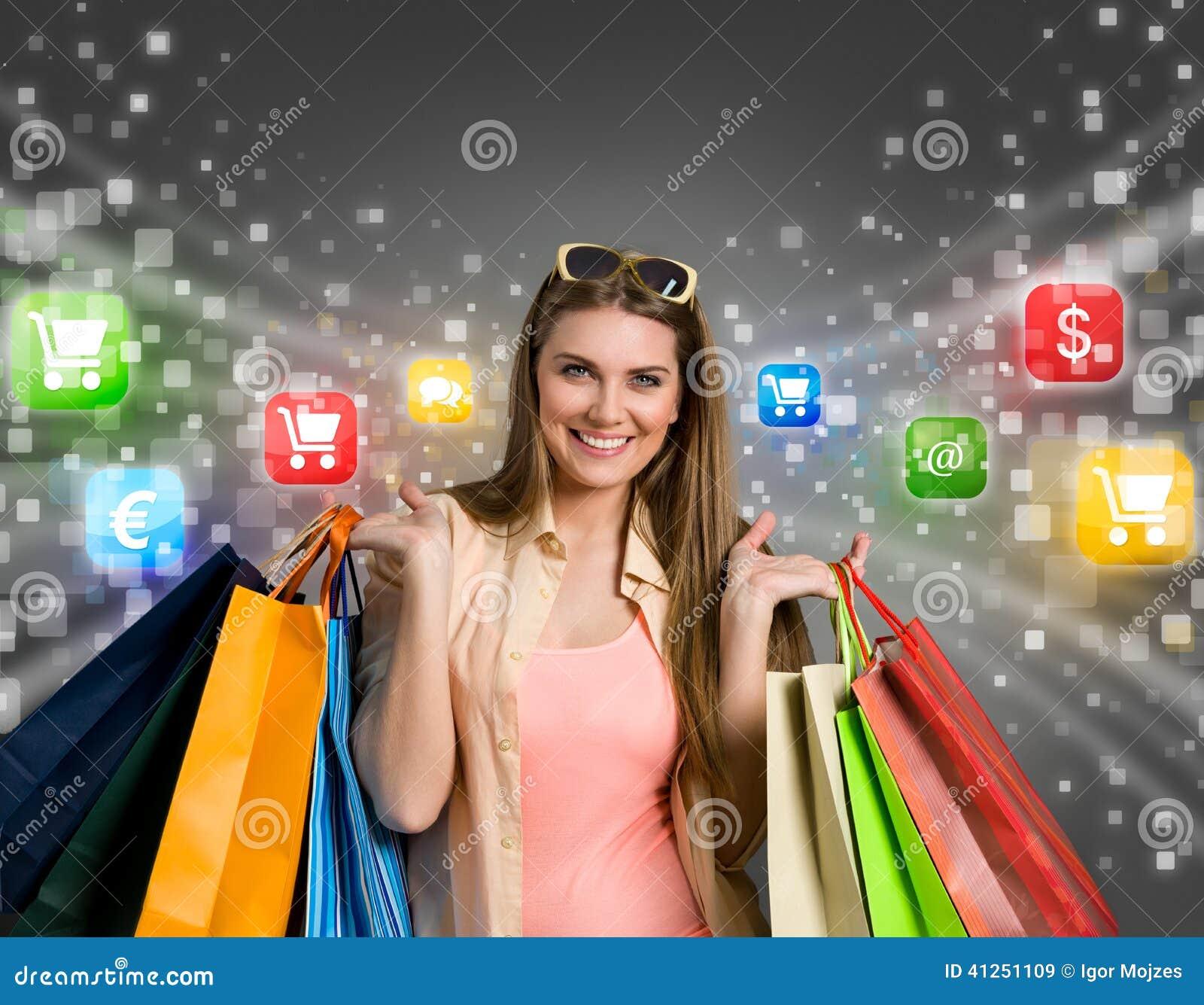 Zakupy szczęśliwa online kobieta
