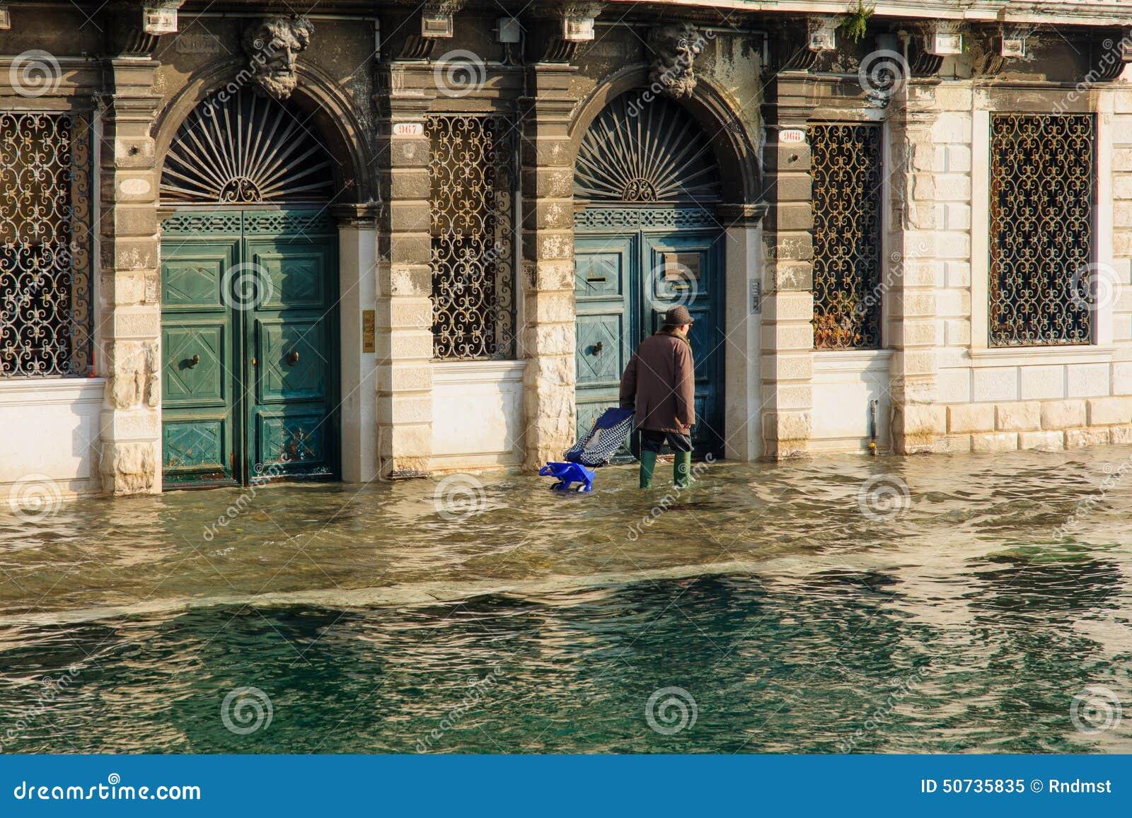 Zalewająca ulica, Wenecja