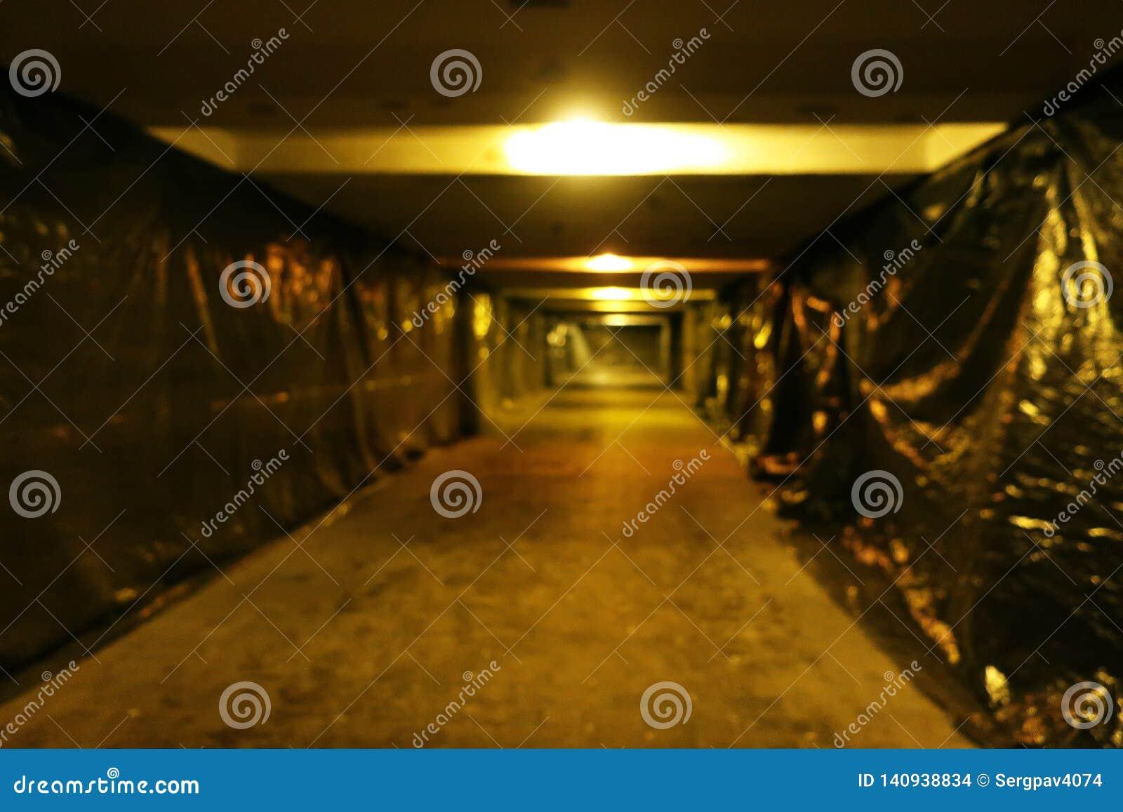 Zamazany wizerunek podziemny tunel