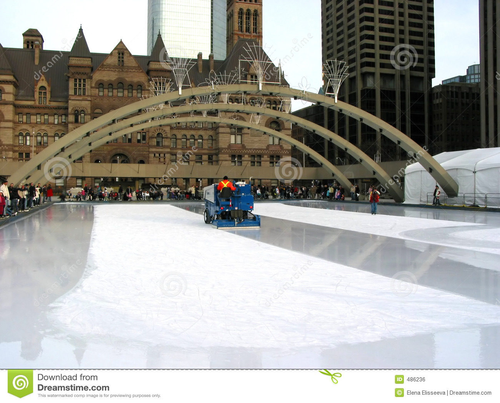Zamboni En Pista De Patinaje En Toronto Foto de archivo - Imagen de ...