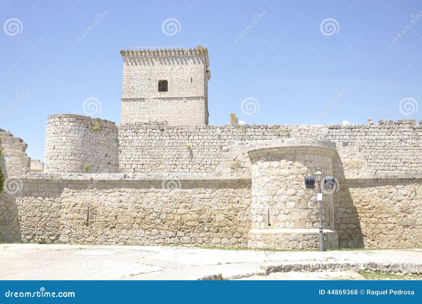 Zamek średniowieczny