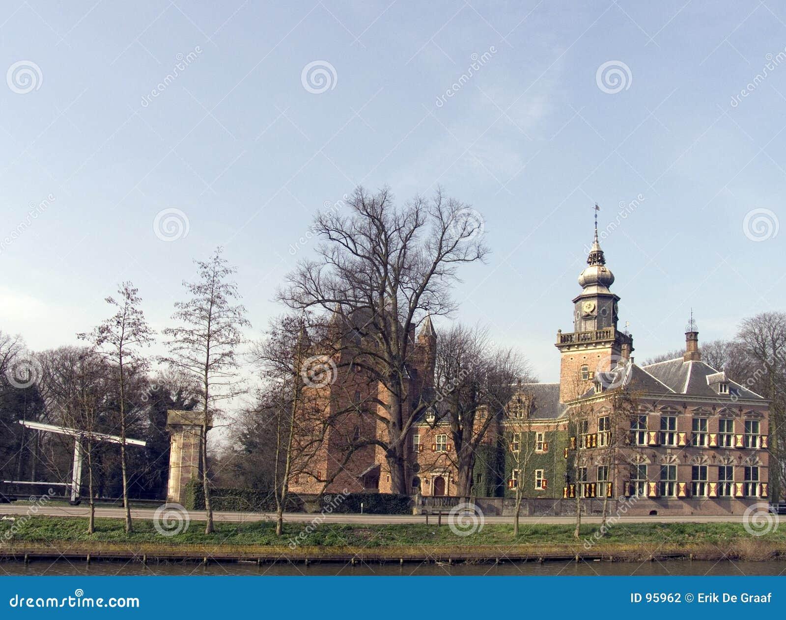 Zamek 11 holender