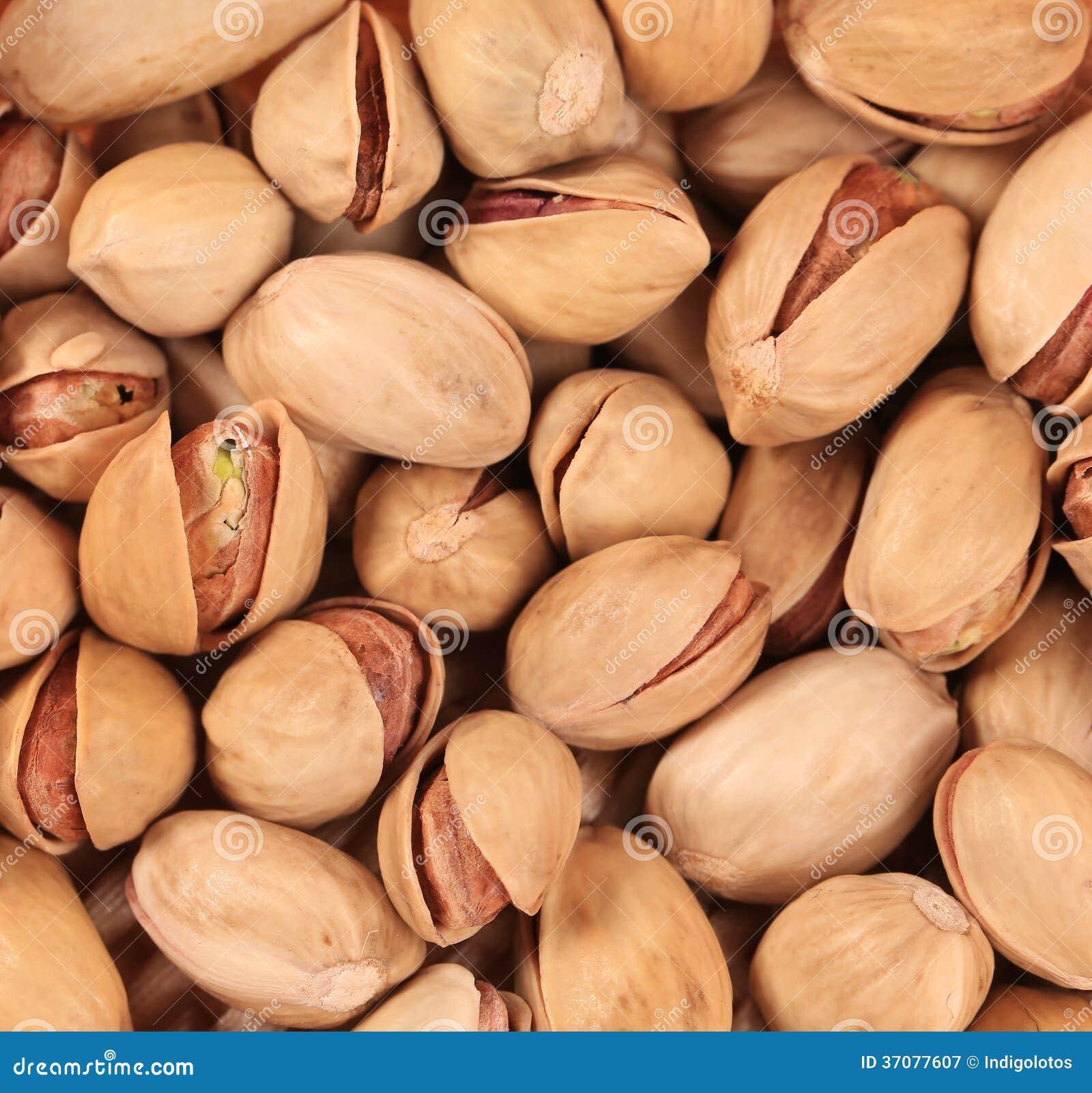 Download Zamyka up świeże pistacje. obraz stock. Obraz złożonej z brąz - 37077607