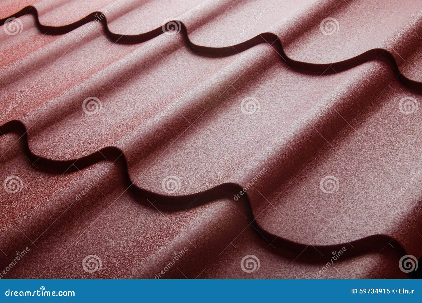 Zamyka up metal dachowa płytka