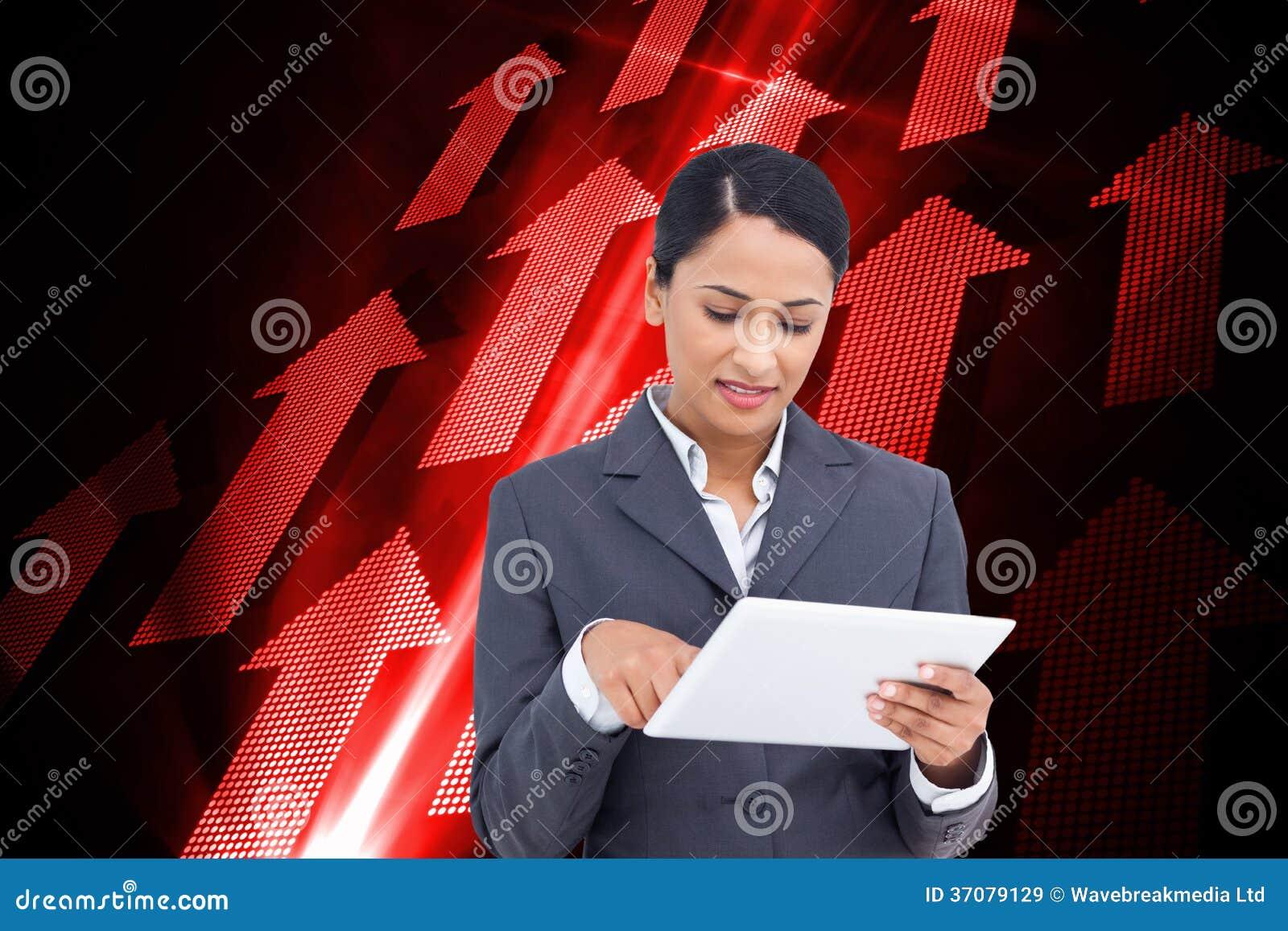Download Zamyka Up Sprzedawczyni Z Jej Dotyka Ekranu Komputerem Ilustracji - Ilustracja złożonej z digitalis, kopia: 37079129