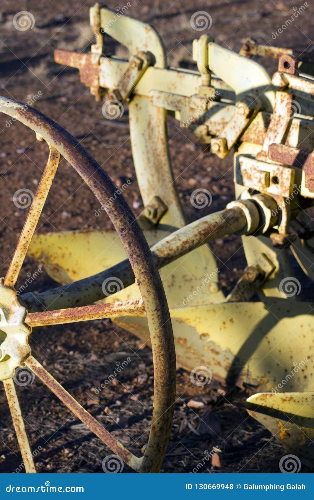Zamyka w górę lub abstrakt rocznik rolnicza maszyneria