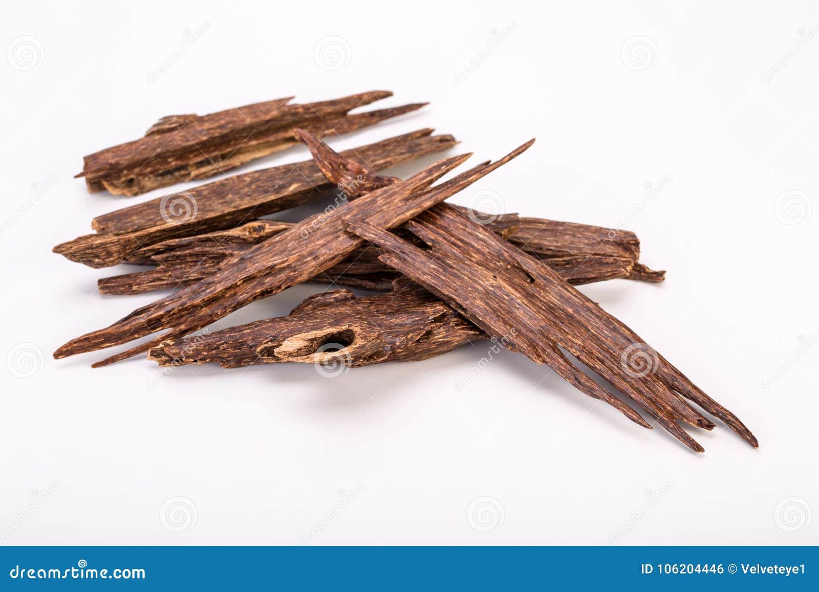 Zamyka W górę Makro- strzału kije agaru Agarwood Lub drewno