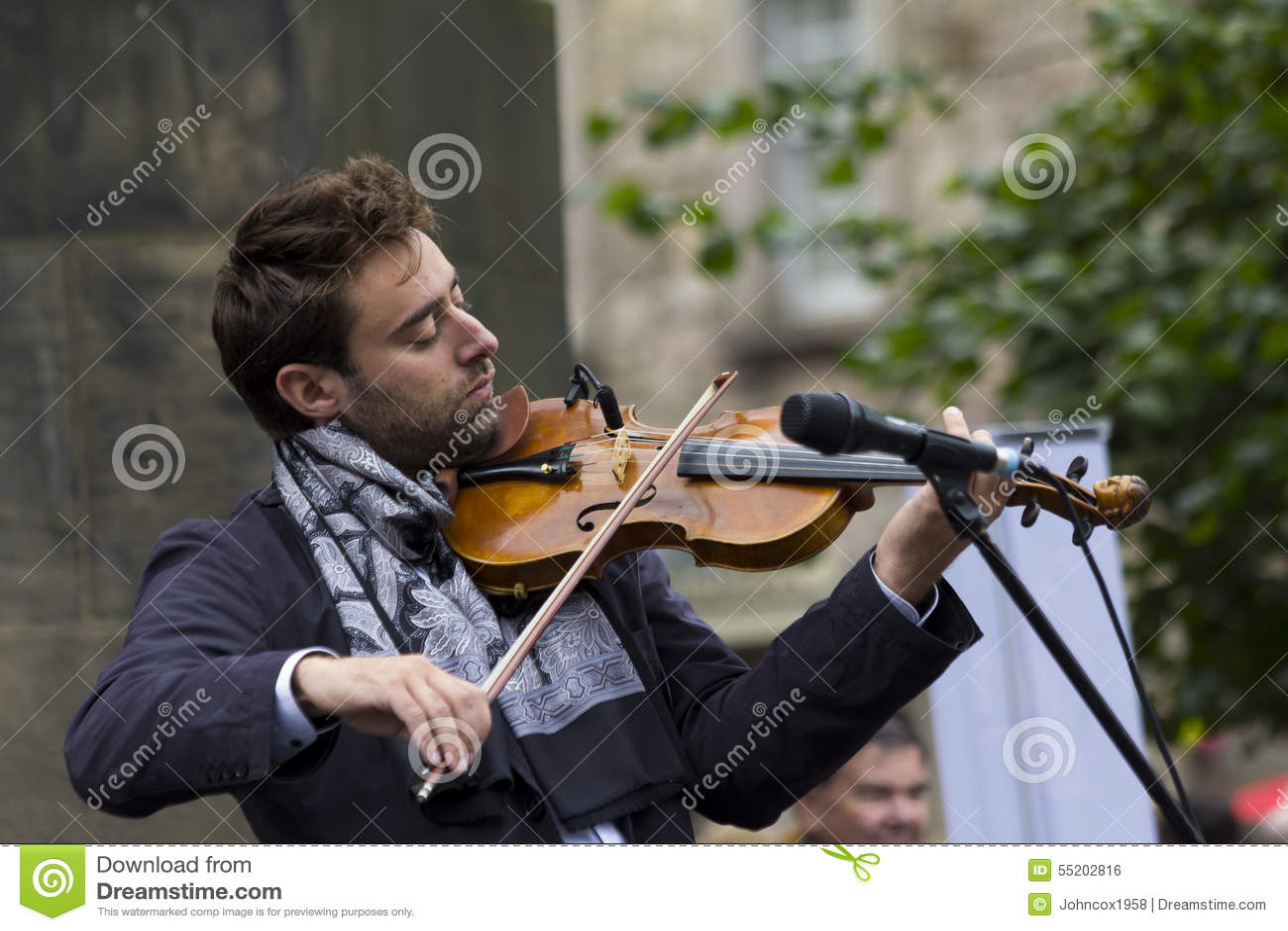 Zangers en musici bij het Randfestival, Edinburgh, Schotland