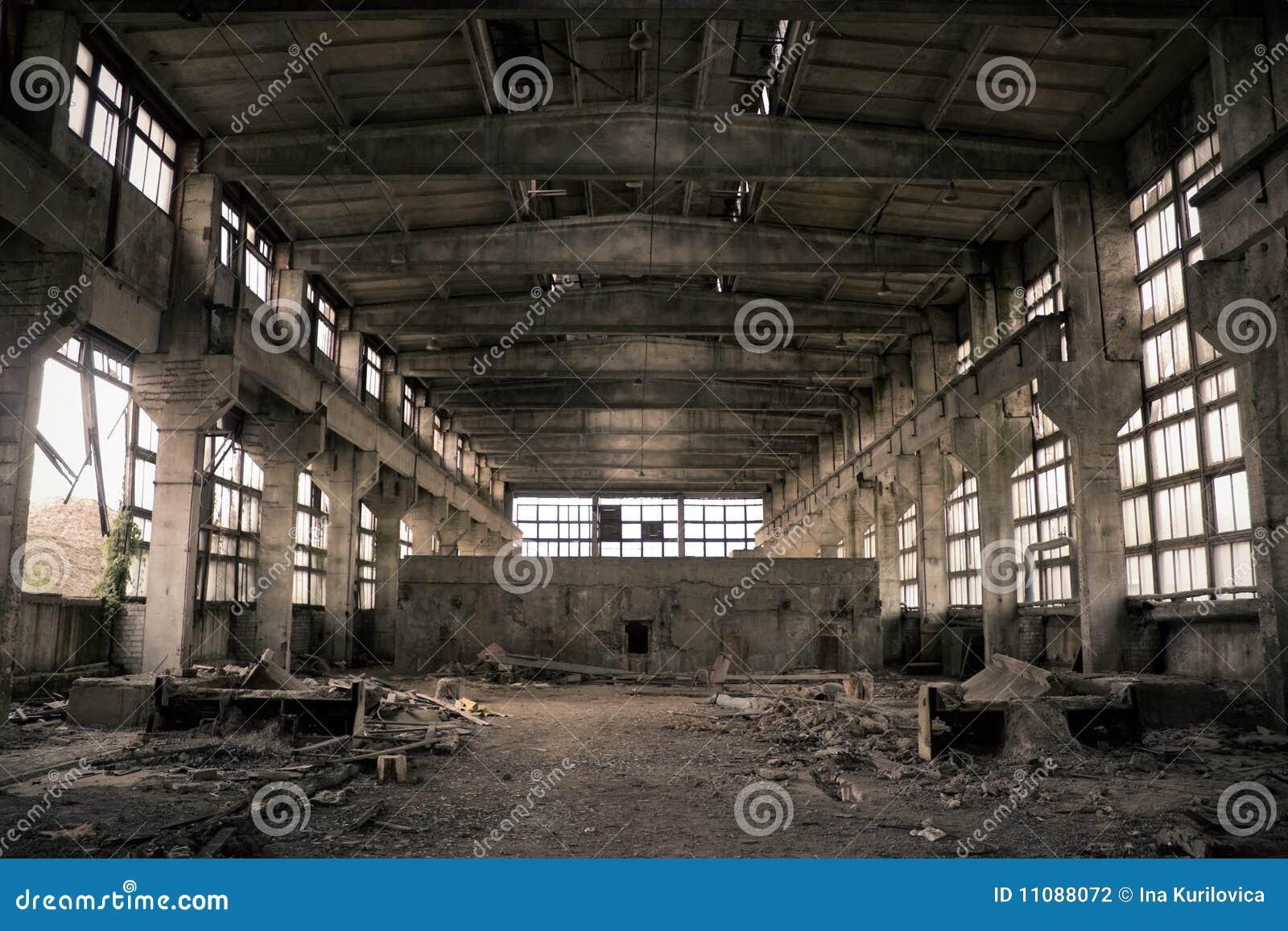 Zaniechany przemysłowy wnętrze